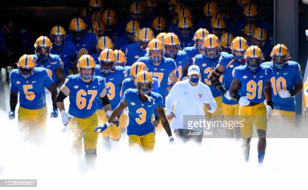 Members of the Pittsburgh Panthers take the field before the start of the game against the Syracuse Orange at Heinz Field on September 19, 2020 in...