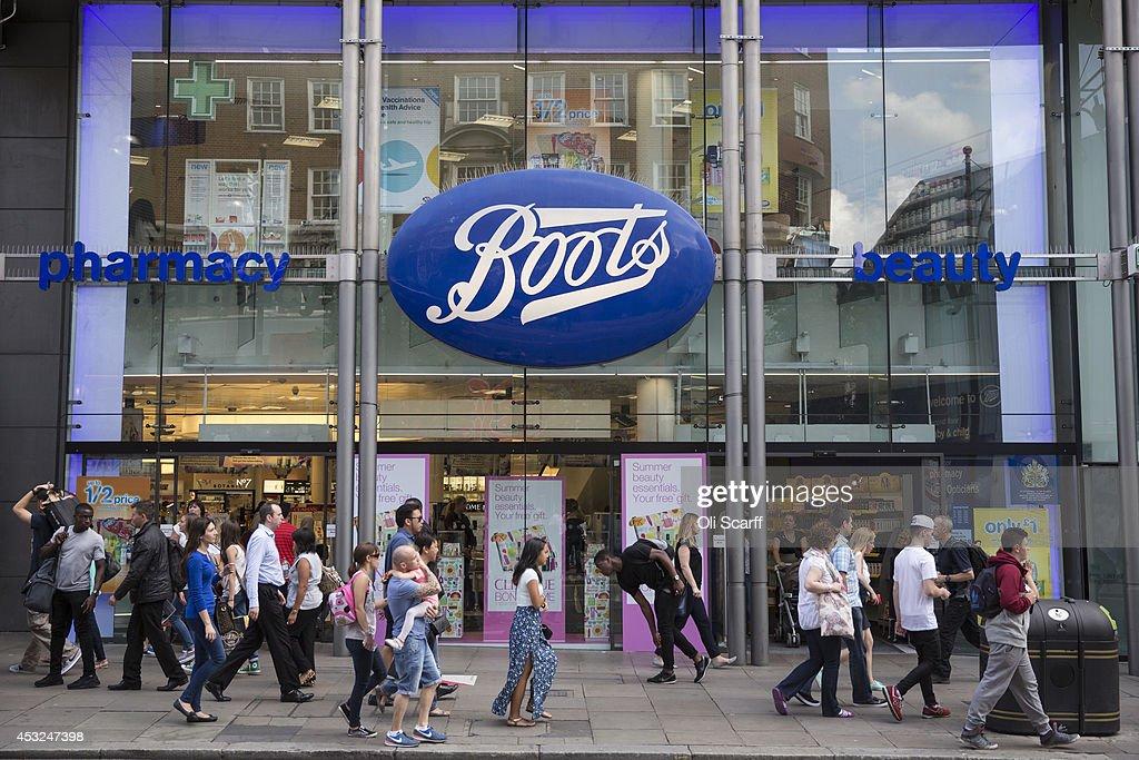 Walgreens To Buy Alliance Boots : News Photo