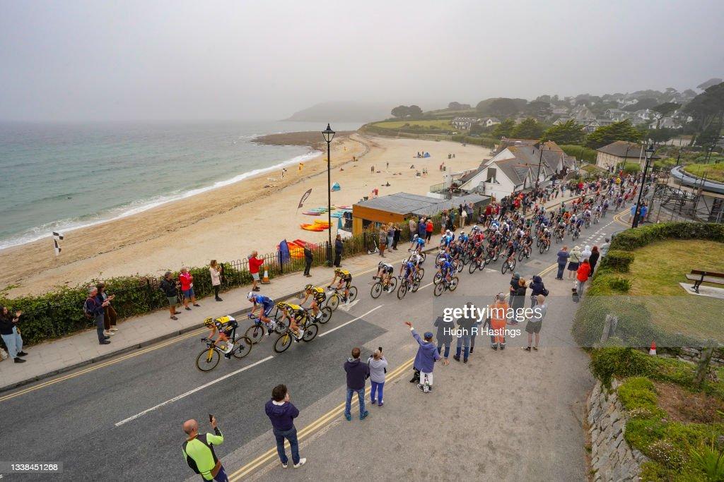Tour Of Britain Passes Through Falmouth : Photo d'actualité
