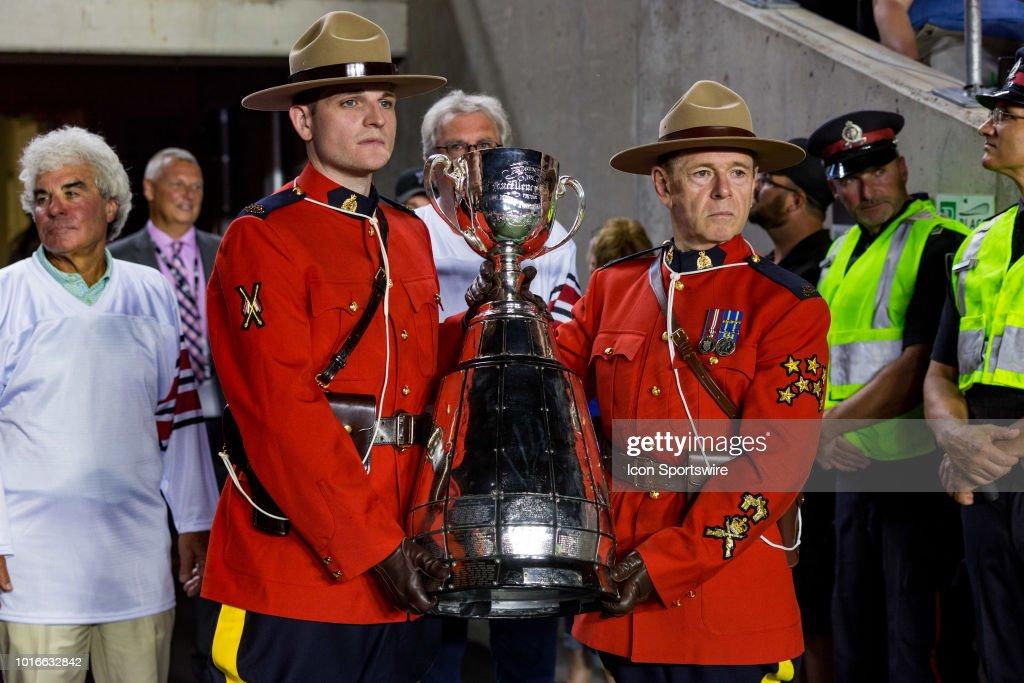 CFL: AUG 11 Montreal Alouettes at Ottawa Redblacks : News Photo