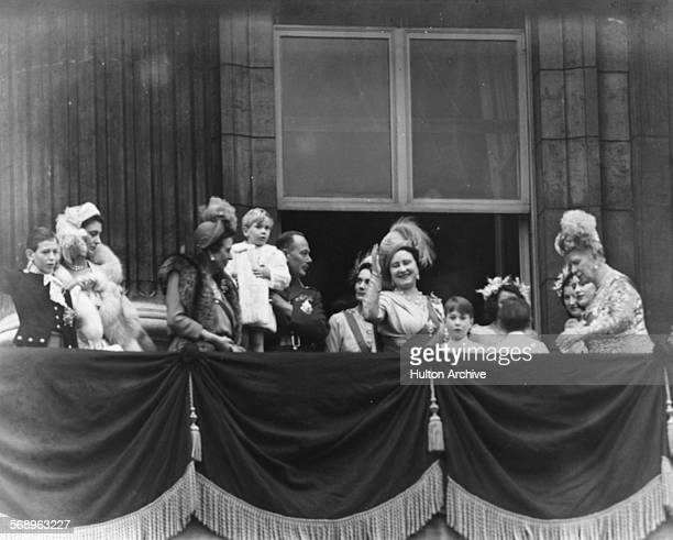 Members of the Royal Family on the balcony following the wedding of Princess Elizabeth and Philip Mountbatten; Duke of Kent, Duchess of Kent,...