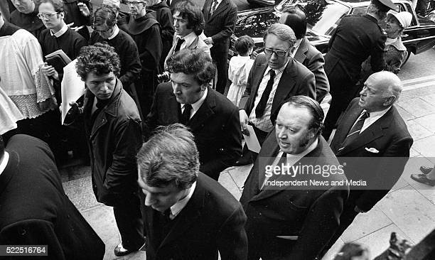 Members of the SDLP Austin CurrieJohn Hume and Paddy Devlin arriving for the Mass in the ProCathedral for the late President Eamon De Valera