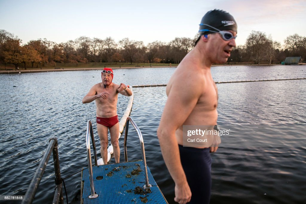 Members of the Serpentine Swimming Club enjoy an early morning swim in Serpentine Lake in Hyde Park on November 30, 2017 in London, England. Today marks a cold end to meteorological autumn with snow forecast in northern parts of the country.