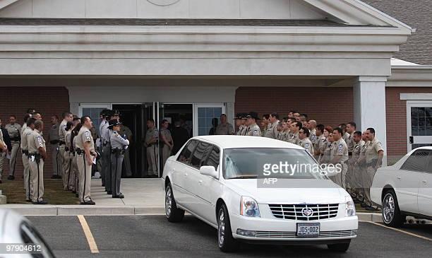 Escorts El Paso Tx >> Members Of The Sherrif Office Of El Paso Texas Escort A Car Where