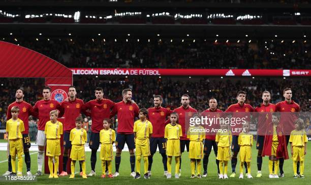 Members of the Spain team line up for the national anthem during the UEFA Euro 2020 Qualifier between Spain and Romania on November 18, 2019 in...