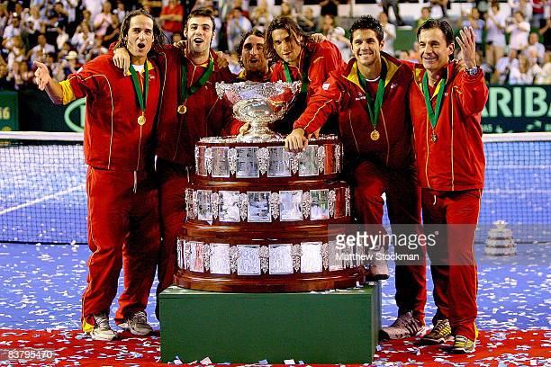 Members of the Spainish team, Feliciano Lopez, Marcel Granollers, Santiago Ventura, David Ferrer, Fernando Verdasco and head coach Emilio Sanchez...
