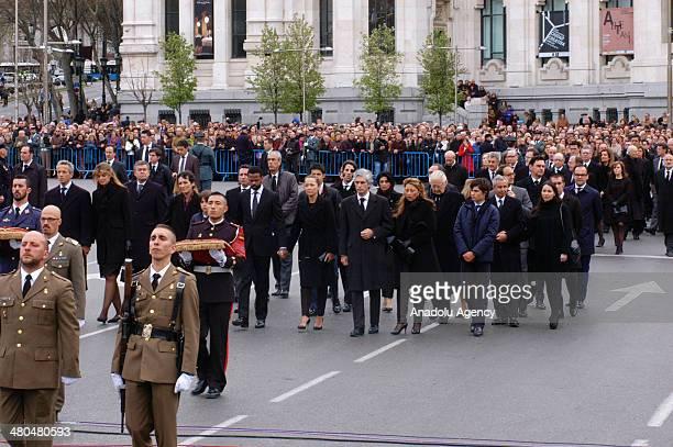 Members of the Spanish military carry the coffin of former Spanish Prime Minister Adolfo Suarez from the funeral chapel in the Spanish parliament in...