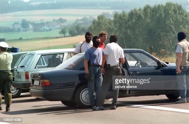 Members of the special police force after the end of the hostage crisis on the 18th of August in 1988 Kidnappers HansJürgen Rösner and his accomplice...