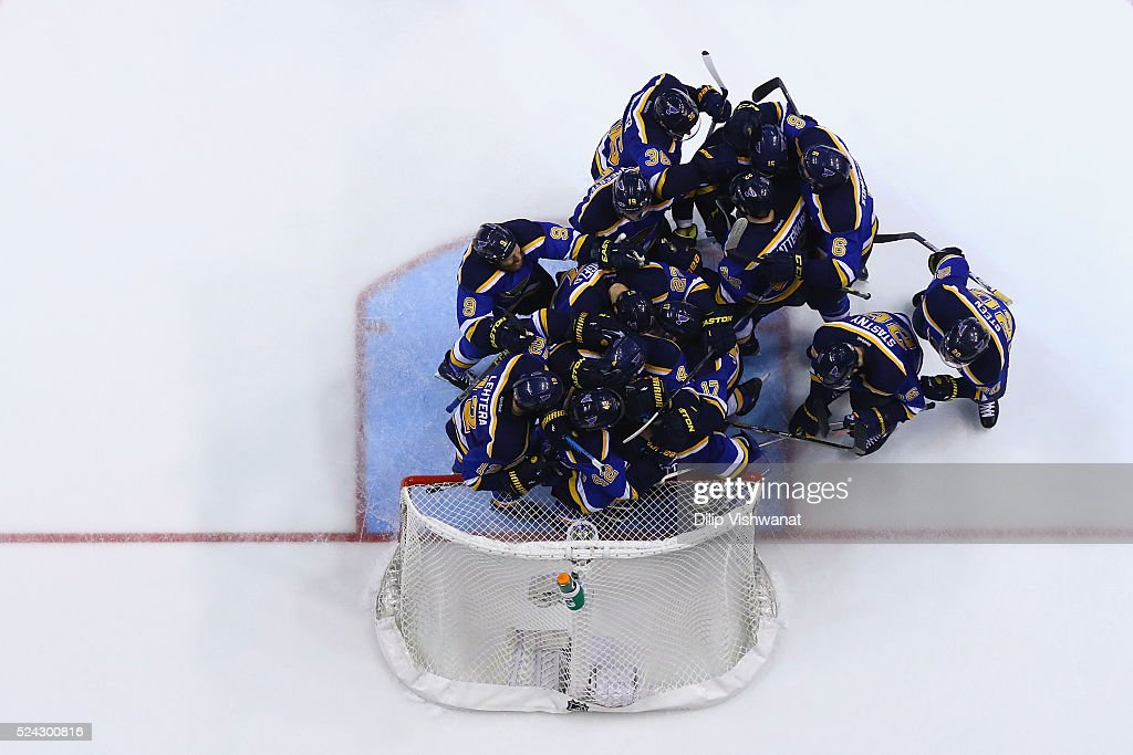 Chicago Blackhawks v St. Louis Blues - Game Seven : News Photo