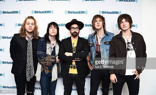 Members of The Struts pose with Sean Lennon at the SiriusXM Studio on May 25, 2016 in New York City.