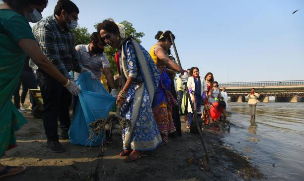 IND: Members Of Transgender Participate In Yamuna River Cleanliness Drive