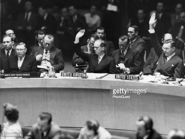 Members of the United Nations Security Council vote on the admittance of Japan New York New York December 14 1955 Among those pictured are from left...