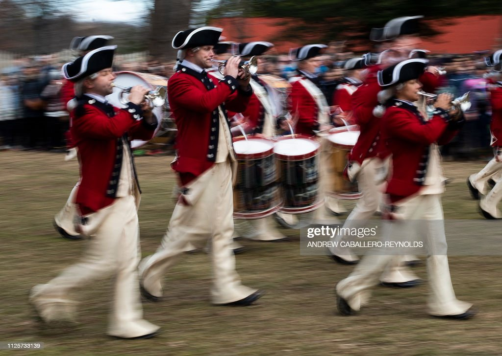 Topshot Members Of The Us Army S Old Guard Fife And Drum Corps Take News Photo Getty Images