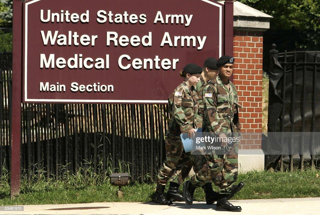 Ein sich erholender amerikanischer Soldat Walter Reed