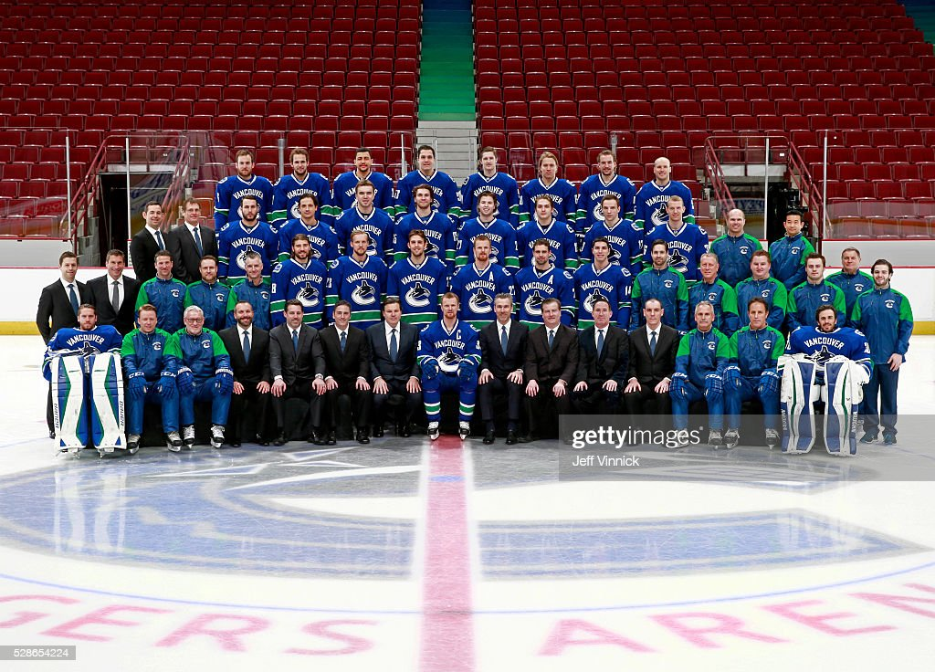 Vancouver Canucks 2015-16 Team Photograph : News Photo
