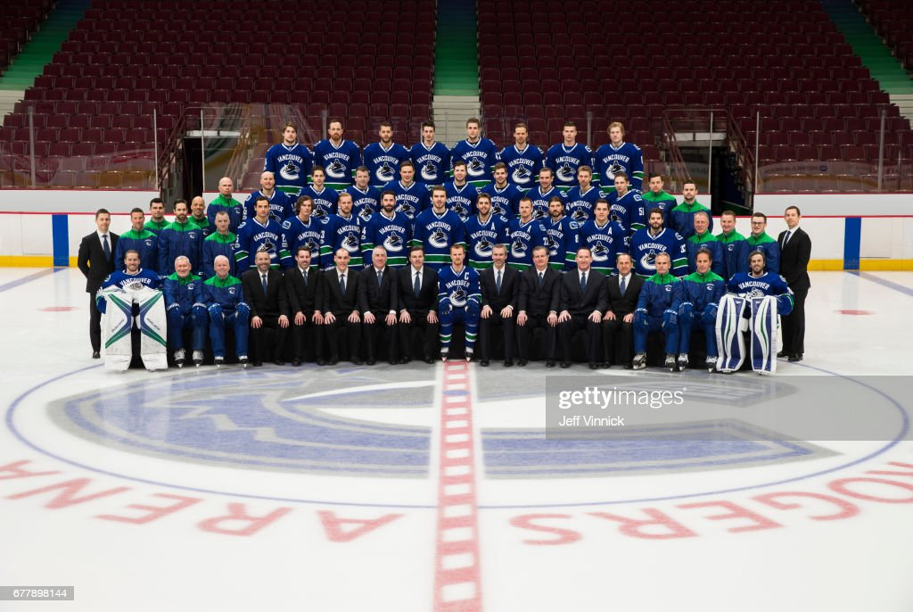 2016-17 Vancouver Canucks Team Photo : News Photo
