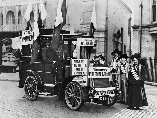 Members of the 'Woman's Freedom League' canvassing...