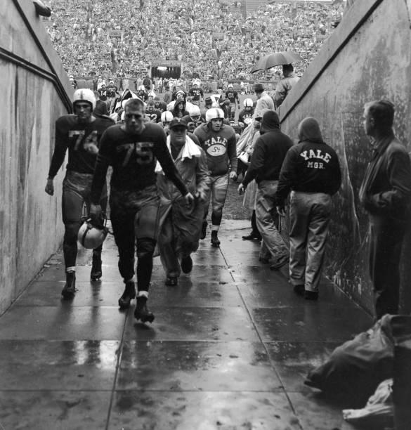 Yale Football Team Leaves Field
