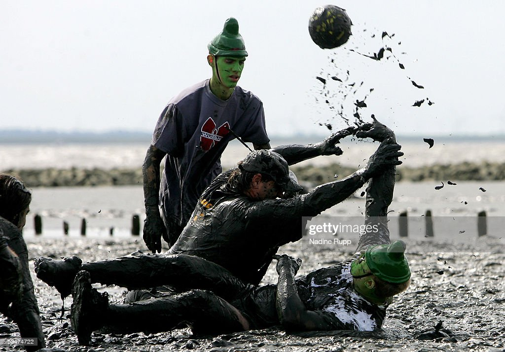 Members play handball during the Tidelands Olympic Games on August 28, 2005 in Brunsbuettel, Germany.