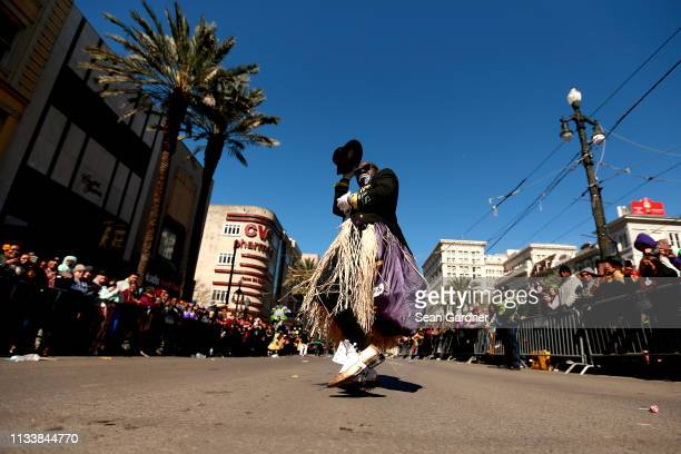 Memebers of the Zulu Social Aid and Pleasure Club march down St. Charles Avenue Mardi Gras Day on March 05, 2019 in New Orleans, Louisiana. Mardi...