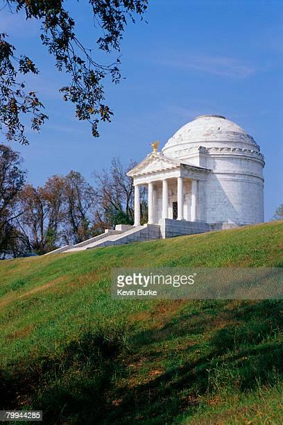 memorial at vicksburg battlefield - vicksburg_national_military_park stock pictures, royalty-free photos & images
