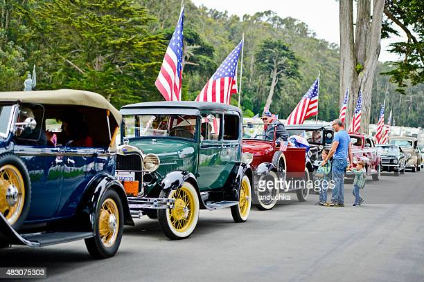 us memorial day ceremony, retro cars parked on the cemetery - memorial day remembrance stock pictures, royalty-free photos & images