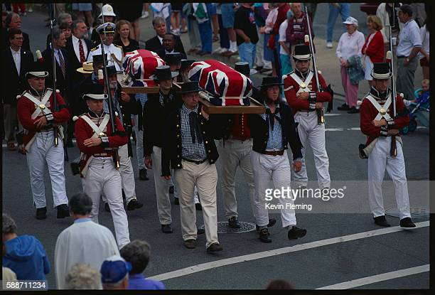 memorial day funeral procession - pallbearer stock pictures, royalty-free photos & images