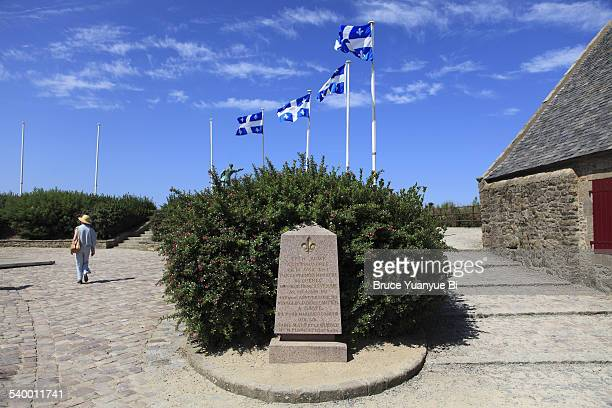 memorial for the voyage of jacques cartier - monument stock pictures, royalty-free photos & images