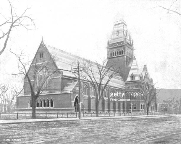 Memorial Hall Cambridge Massachusetts USA circa 1900 Designed by William Robert Ware and Henry Van Brunt and built in 1878 the Hall commemorates the...