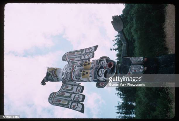 Memorial Pole Depicting a Thunderbird and a Dzoonokwa by Willie Seaweed