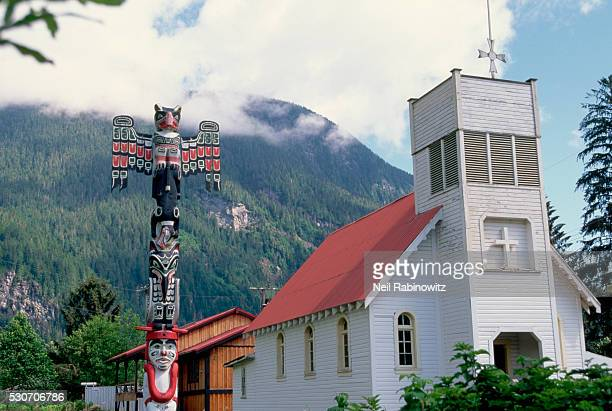 Memorial Pole for King George V next to a Church in Kingcome Inlet, British Columbia