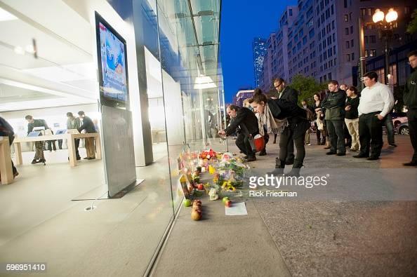 Memorial To Apple Founder Steve Jobs Outside The Apple Store In