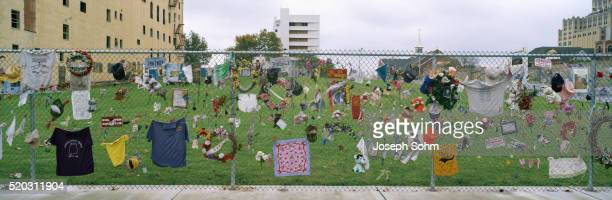 memorial to federal building victims - oklahoma city bombing stock pictures, royalty-free photos & images