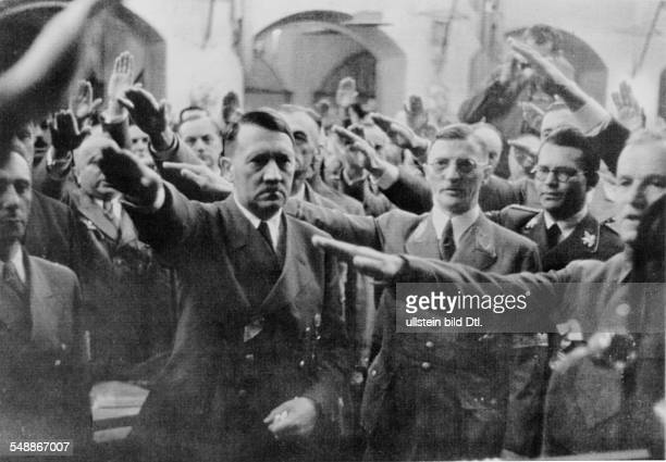 Memorial to the Beer Hall Putsch in Munich from left to right Joseph GoebbelsAdolf Hitler Karl Fiehler Philipp Bouhler Ulrich Graf 1942 Photographer...