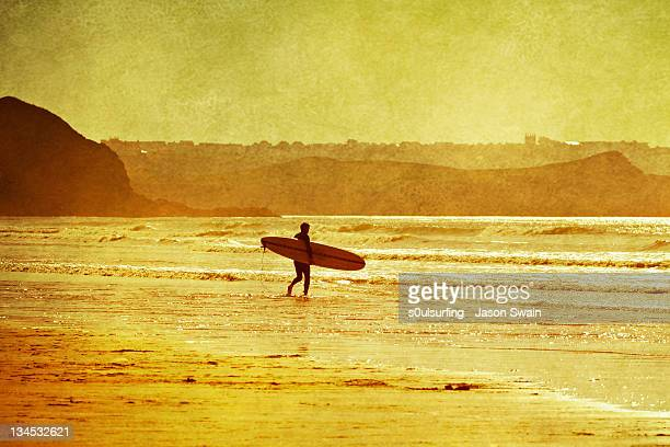 memories of indian summer. surfer - s0ulsurfing stock pictures, royalty-free photos & images