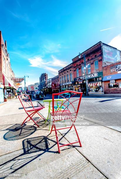 memphis, beale street hdr - beale street stock pictures, royalty-free photos & images