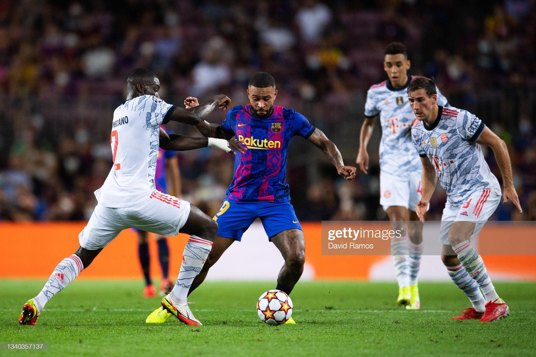 FC Barcelona v Bayern München: Group E - UEFA Champions League : News Photo