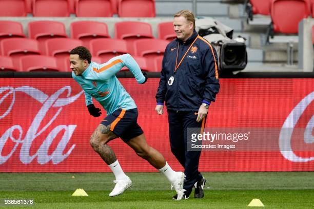 Memphis Depay of Holland coach Ronald Koeman of Holland during the Training Holland at the Johan Cruijff Arena on March 22 2018 in Amsterdam...