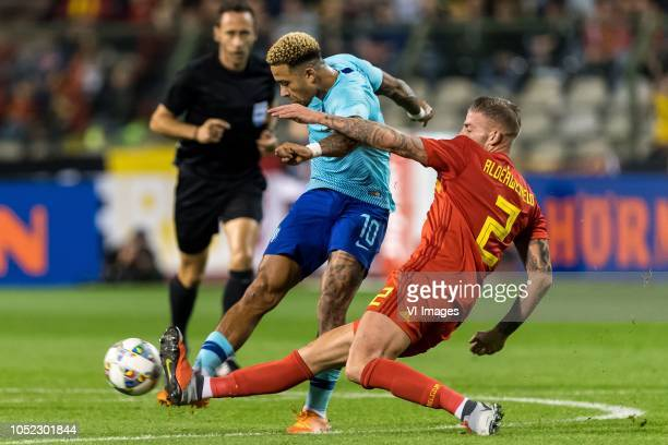 Memphis Depay of Holland Toby Alderweireld of Belgium during the International friendly match between Belgium and The Netherlands at the King...