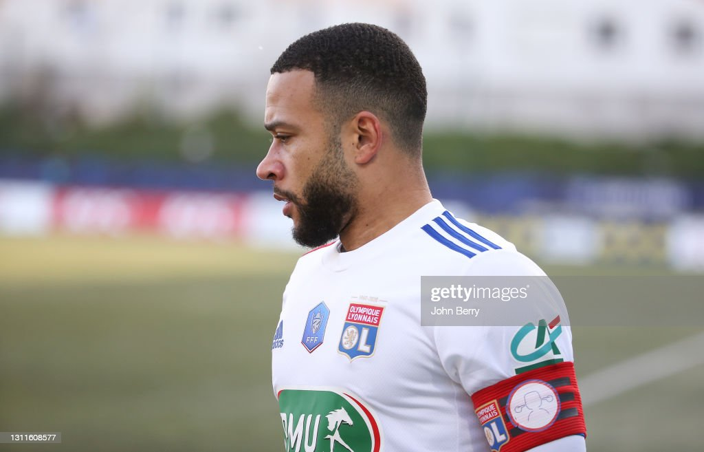 Red Star v Olympique Lyonnais - French Cup : News Photo