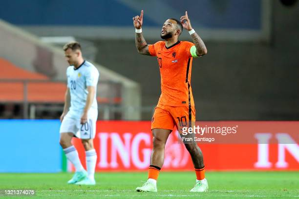 Memphis Depay of Netherlands celebrates after scoring their side's second goal during the international friendly match between Netherlands and...