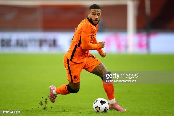 Memphis Depay of Netherlands in action during the international friendly match between Netherlands and Spain at Johan Cruijff Arena on November 11,...