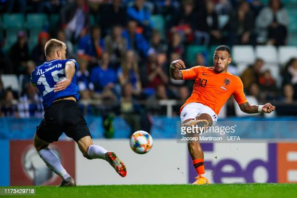 Memphis Depay of Netherlands scores his teams 3rd goal during the UEFA Euro 2020 Qualifier group C match between Estonia and Netherlands at A le Coq...