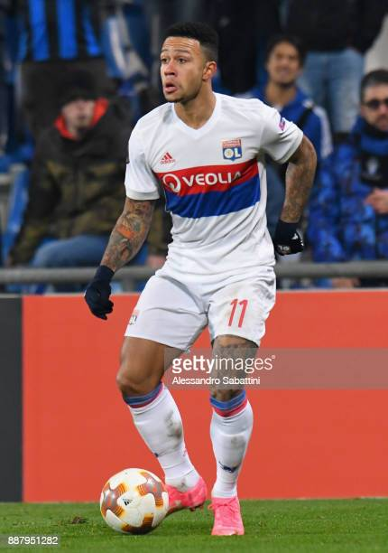 Memphis Depay of Olympique Lyon in action during the UEFA Europa League group E match between Atalanta and Olympique Lyon at Mapei Stadium Citta' del...