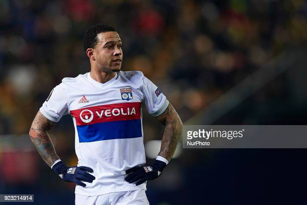 Memphis Depay of Olympique Lyonnais looks on during the UEFA Europa League round of 32 second leg match between Villarreal CF and Olympique Lyonnais...