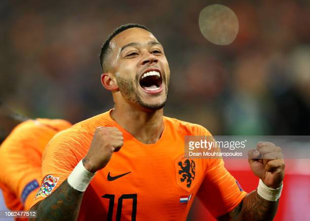 Memphis Depay of the Netherlands celebrates after scoring his team's second goal during the UEFA Nations League Group A match between Netherlands and...