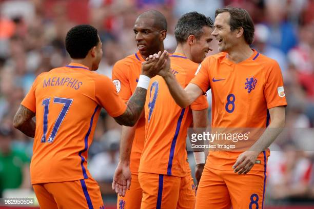 Memphis Depay Ryan Babel Robin van Persie Phillip Cocu during the Dirk Kuyt Testimonial at the Feyenoord Stadium on May 27 2018 in Rotterdam...