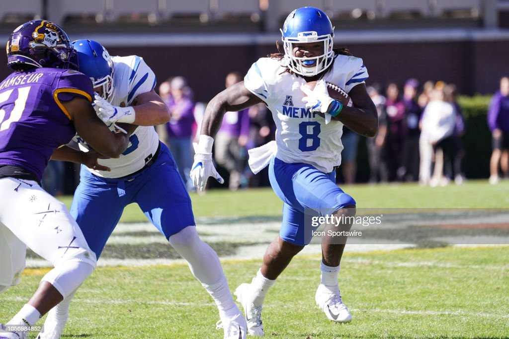 COLLEGE FOOTBALL: NOV 03 Memphis at ECU : News Photo
