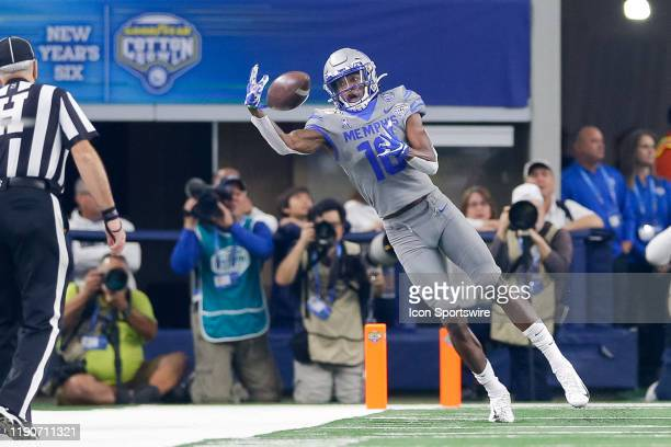 Memphis Tigers wide receiver Damonte Coxie attempts to make a one-handed catch during the Cotton Bowl Classic between the Memphis Tigers and Penn...
