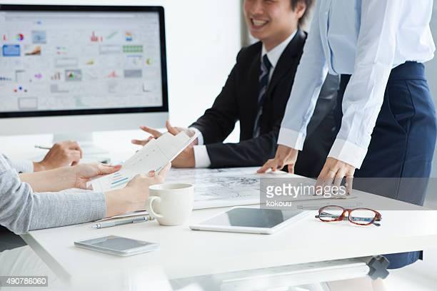 男性と女性には、統計チャートのオフィス
